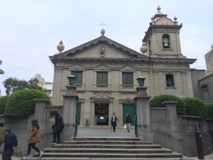 マカオ 散策 聖アントニオ教会 ⇒ カモンエス広場 ⇒ カーザ庭園 ⇒ プロテスタント墓地