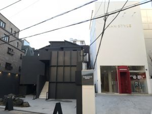 Garosu gil Road 街路樹通り (カロスキル) 新沙 (シンサ) 散策